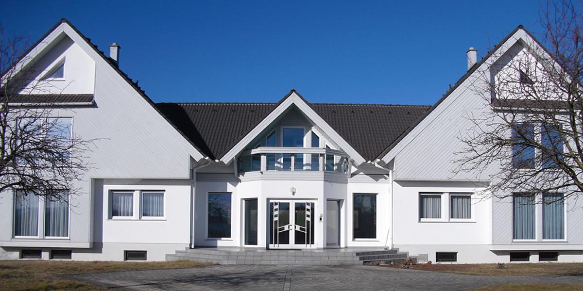 großzügig gestaltetes Bürogebäude mit sehr guter Anbindung zwischen St. Pölten und Krems